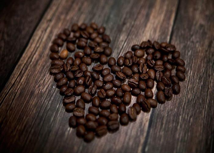 دانه قهوه میکس دارک